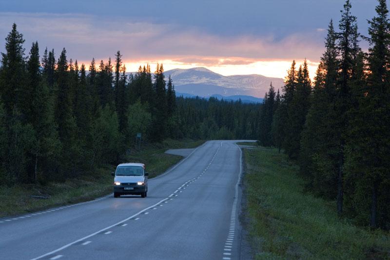 """""""Die große Freiheit"""" - Mit dem Auto sollte man das nicht zu wörtlich nehmen! Foto: Fredrik Broman/ imagebank.sweden.se"""