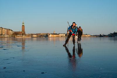 Erlebnisse auf dem Eis. Foto: Helena Wahlman/ imagebank.sweden.se