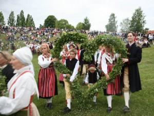 Midsommar-Feierlichkeiten in Leksand. Foto: www.siljan.se