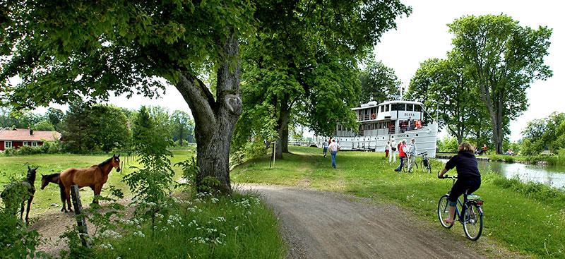 Auf Treidelpfaden entlang des Göta Kanals. Foto: © AB Göta Kanalbolag