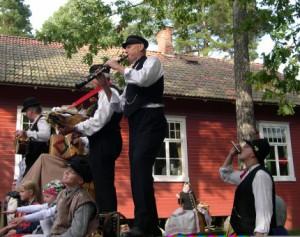 Schwedenstube-jquvlueby71wsyf1slenmg-300x237