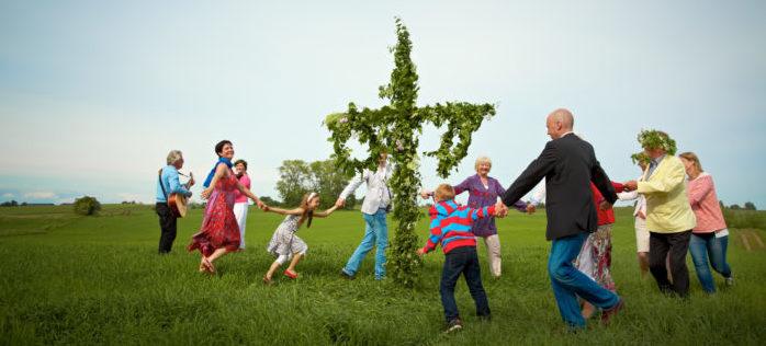 Schwedische Volksfeste sind eine gute Gelegenheit, zusammenzukommen.