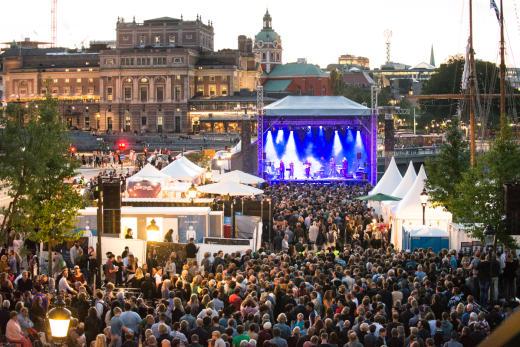 Alljährlich im August werden Stockholm, Göteborg und Malmö zur Bühne. Foto: Sophia Hogman / Studio Emma Svensson