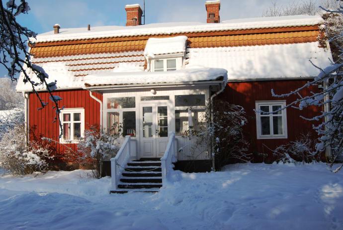 Astrid Lindgrens Elternhaus in Näs im Winter.