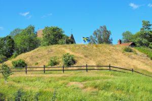 Das erste Hügelgrab in Gamla Uppsala. 70 Meter im Durchmesser
