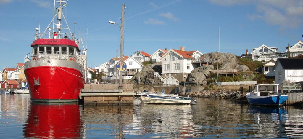 Fotö Hafen