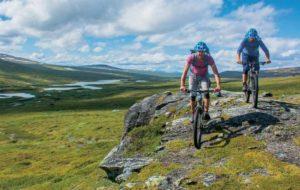 2 Mountainbiker auf dem Kungsleden