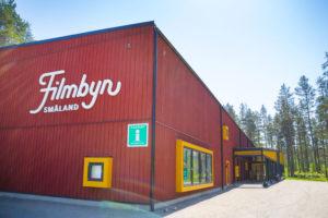 Das Filmdorf Småland von außen.