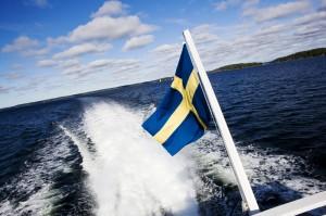 Ob mit Segel oder Motor: In den Schärengarten kommt man nur mit einem Boot. Foto: Björn Tesch/ imagebank.sweden.se
