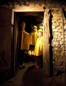 Führung untertage: Foto: Visit Södra Dalarna / Richard Lindor.