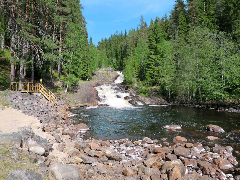 Ferienhaus Ambjoerby See und Wasserfall