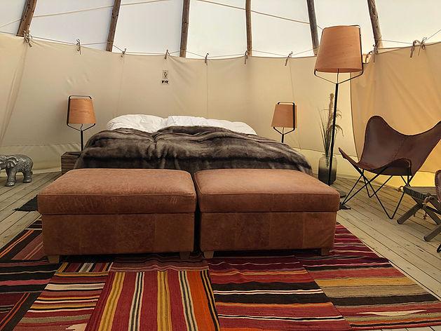 Bett im Zelt Hölick Havsresort