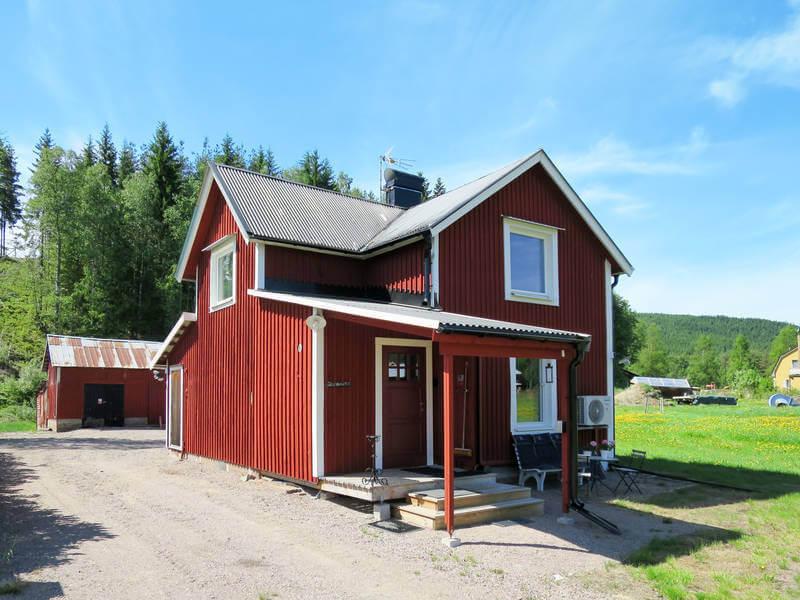 Ferienhaus Ambjoerby in Schweden bei Sonnenschein