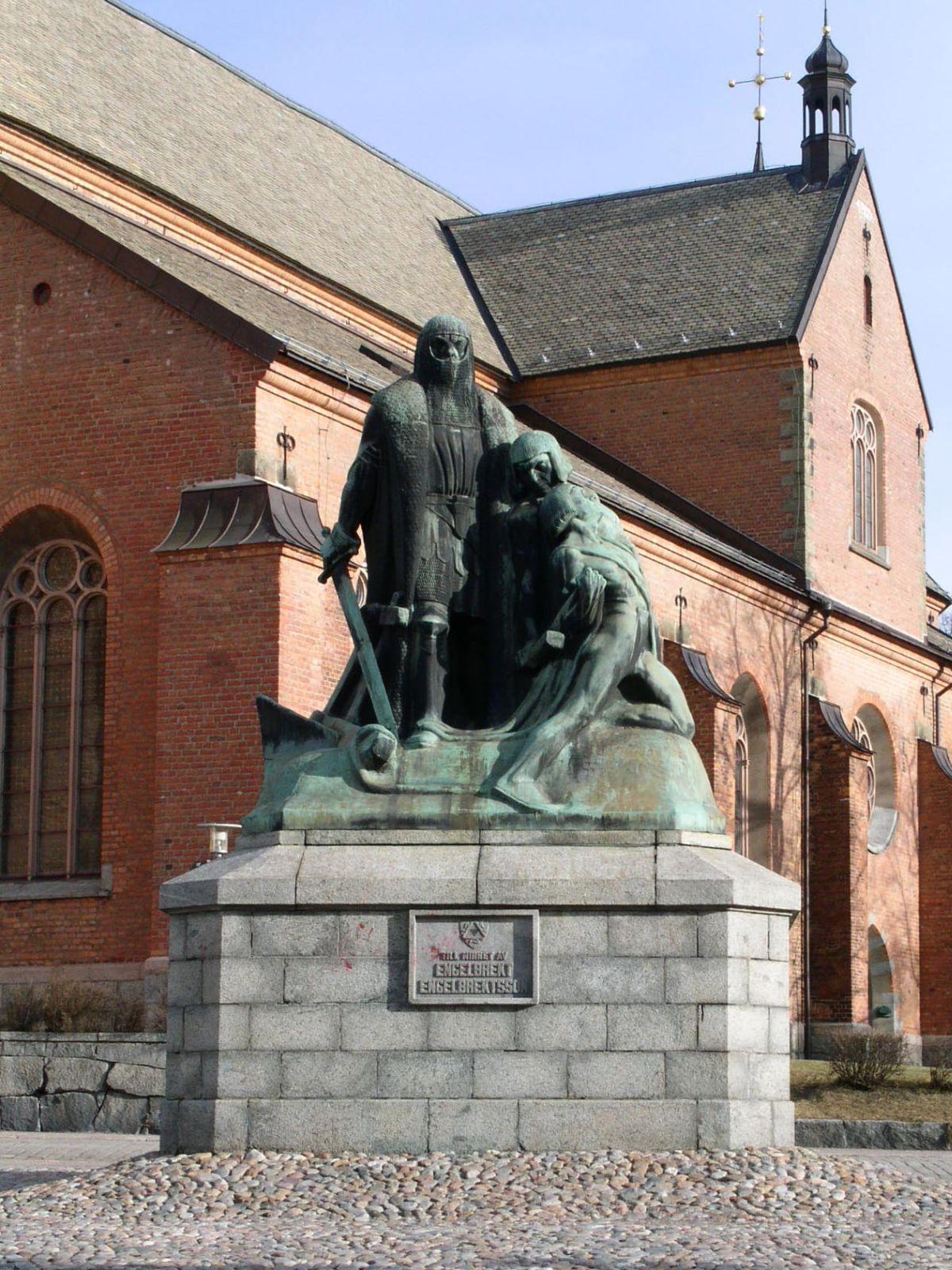 Engelbrekt Engelbrektsson, Statue vor der Kristine-Kirche in Falun. Foto: Taxelson /commons.wikimedia.org/