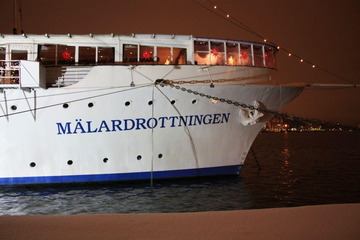 hotel m lardrottningen wohnen auf einem schiff auf riddarholmen in stockholm schwedenstube. Black Bedroom Furniture Sets. Home Design Ideas