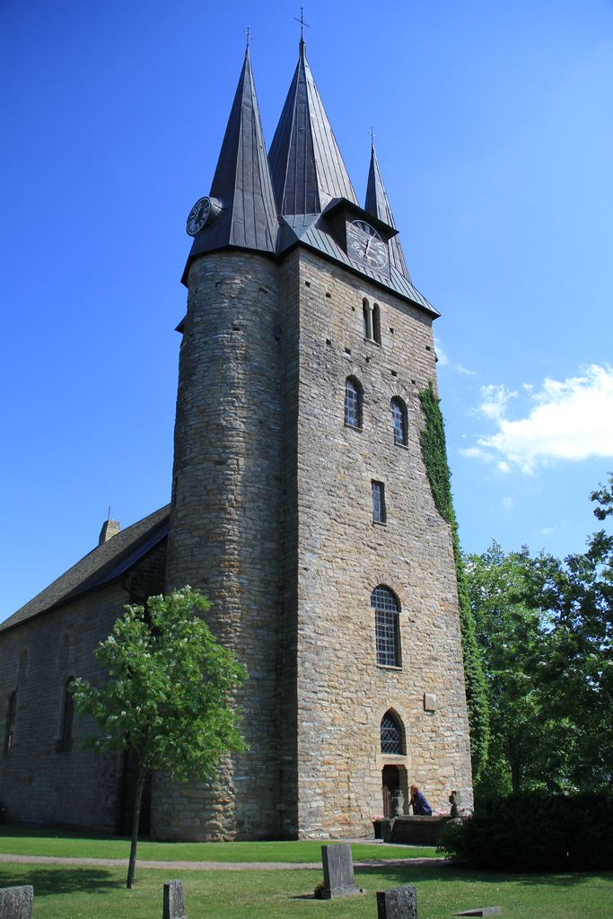 Kirche in Husaby. Foto: AleGranholm /flickr.com (CC BY 2.0)