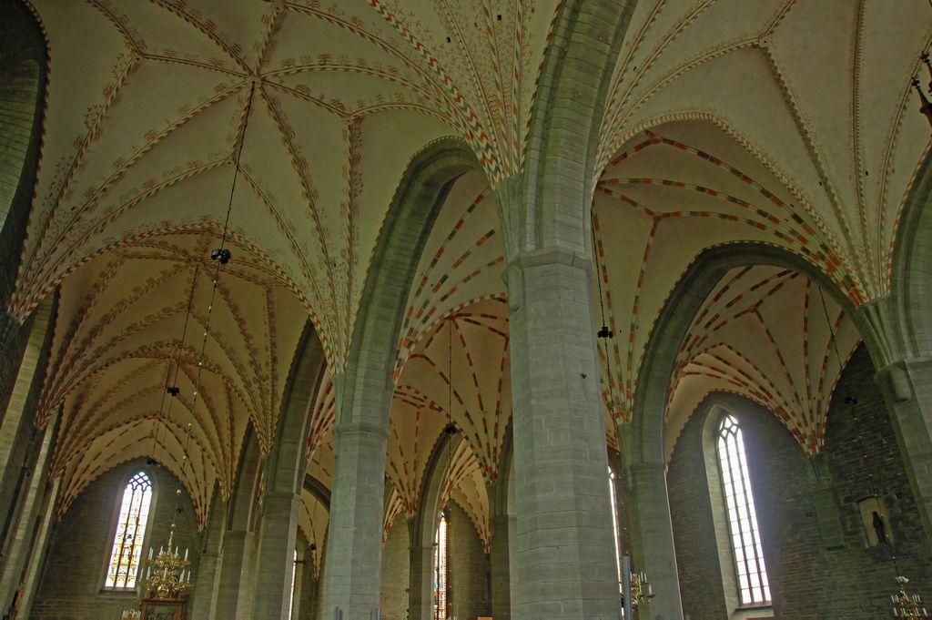 Blick in die Klosterkirche Vadstena, die Blåkyrkan. Erbaut zwischen 1369 und 1430/40. Foto: Allie_Caulfield (CC BY 2.0)