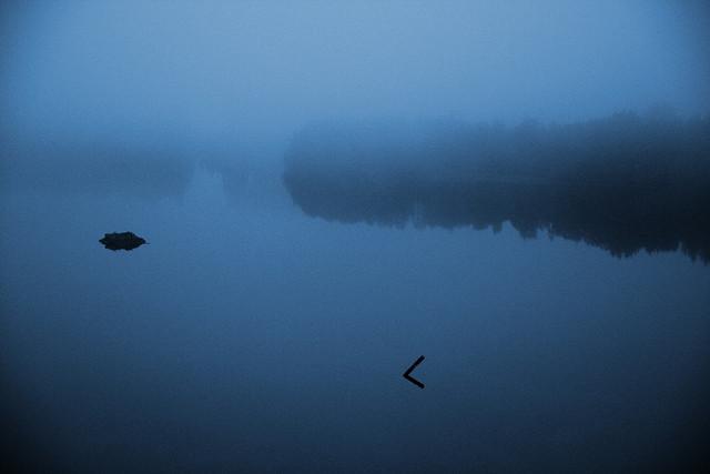 Nebel auf Västerbottens größtem Fluss Umeälven. Foto: ludw /flickr.com (CC BY 2.0)