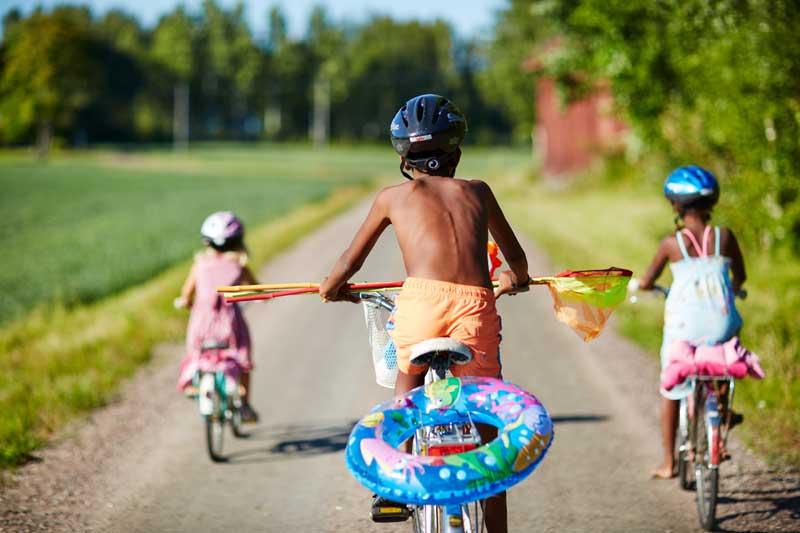 Vom Sommerjob zur Schwimm-Schule. Foto: Clive Tompsett, Imagebank Sweden.