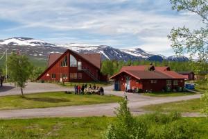 Nikkaluokta. Bild aus Wikipedia. Fotograf: Lars Falkdalen Lindahl