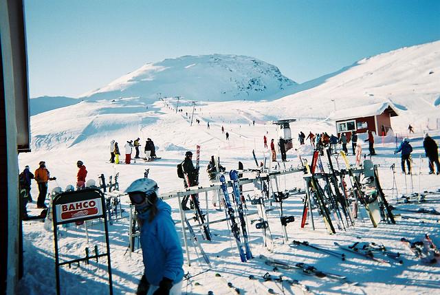 Betrieb im Skigebiet Riksgränsen, März 2007. Foto: Tommy Sollén /flickr.com (CC BY-ND 2.0)